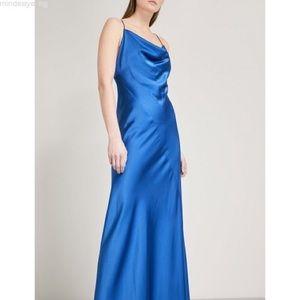 Diane Von Furstenberg Dresses - Diane Von Furstenberg cowl neck satin gown